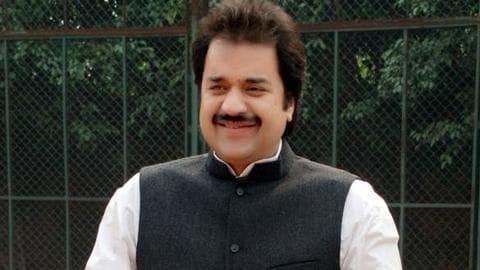 कांग्रेस नेता कुलदीप बिश्नोई पर आयकर विभाग का शिकंजा, 150 करोड़ रुपये का होटल जब्त