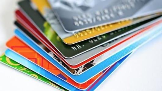 क्रेडिट कार्ड के पाँच शुल्कों के बारे में जानें