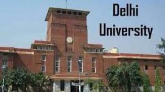 साइंस के लिए DU के ये हैं टॉप पांच कॉलेज