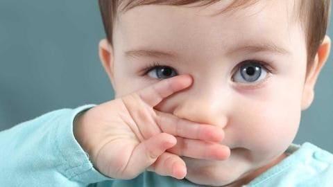 कोरोना वायरस के दौर में बच्चों को इन तरीकों से बार-बार चेहरा छूने से रोकें
