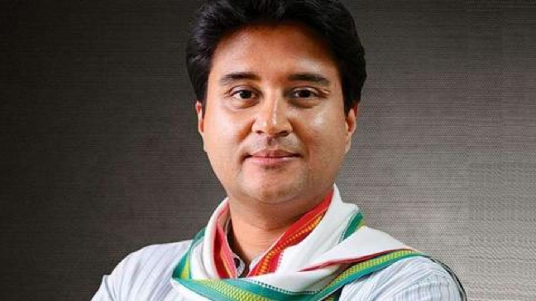मध्य प्रदेश का सियासी घमासान: ज्योतिरादित्य सिंधिया के बाद कांग्रेस के 22 विधायकों का इस्तीफा