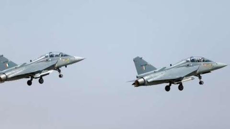 युद्धबंदियों से जुड़े नियमों की वजह से भारतीय पायलट को हाथ भी नहीं लगा सकता पाकिस्तान