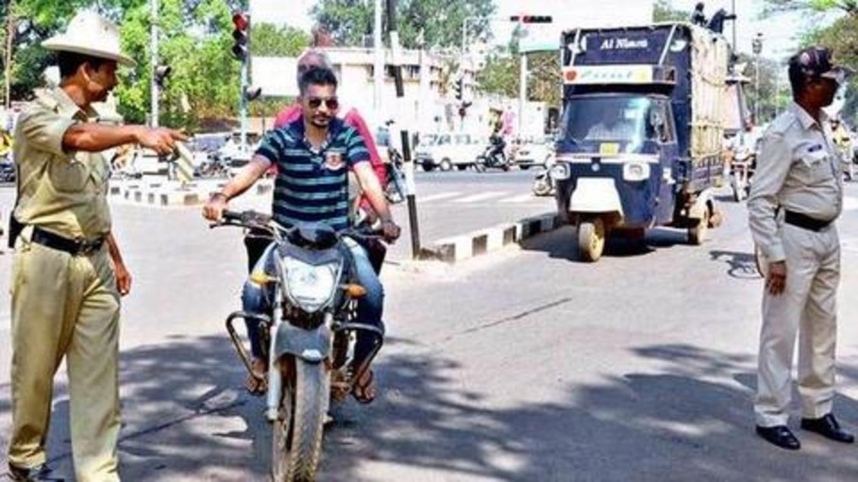 ट्रैफिक नियम उल्लंघन पर अब अधिक जुर्माना, कट सकता है एक लाख रुपये तक का चालान