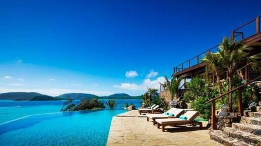 7 Hollywood celebs and their own expensive islands