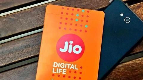The Jio effect: Cellular companies woo users with data offers