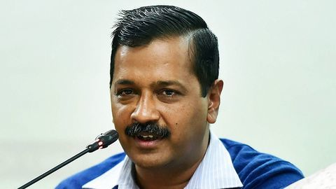 #EmptyDelhiCMO: Kejriwal to hire officers from outside Delhi