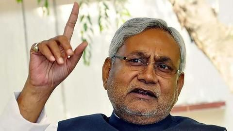 Nitish Kumar attends PM's lunch after declining Sonia Gandhi