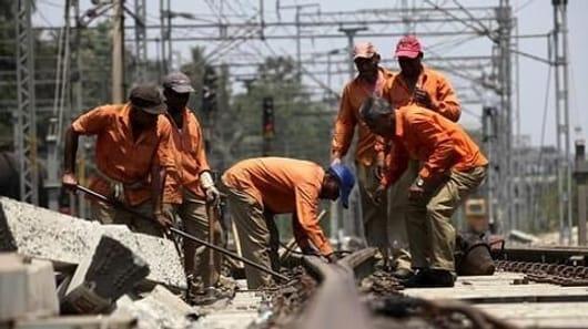 Uttar Pradesh: Train runs over three gangmen