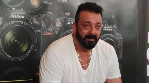 Controversy erupts surrounding Sanjay Dutt's jail term