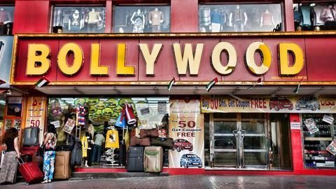Bollywood unaffected by demonetization move