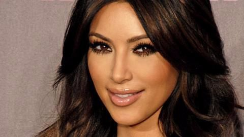 Kim Kardashian robbed at gunpoint in Paris