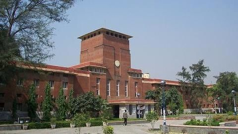 Delhi government clamps down on DU colleges