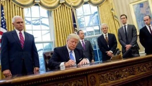 US revives ban on funding for abortion groups
