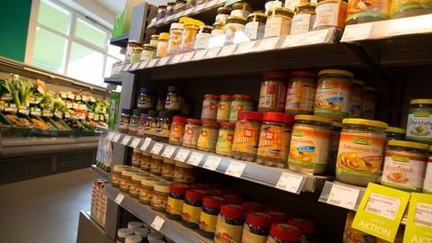 Govt likely to ration consumer goods in Army Canteens