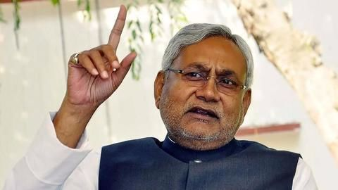 Nitish pitches for central university status for Patna university