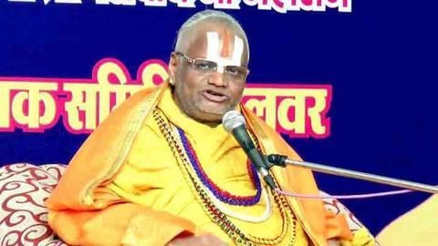 Falahari Baba arrested after cops find no health issues