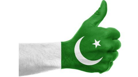 Pakistan economy crosses $300 billion mark, for the first time