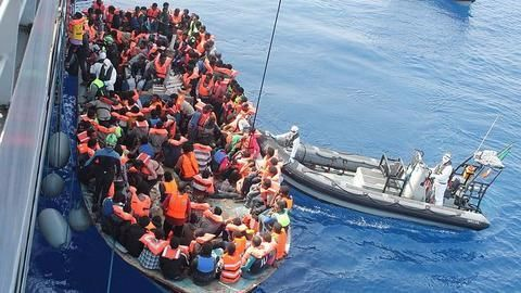 Migrant crisis: Is Italy gearing up to close its ports?
