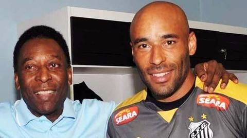 Pele's son surrenders to a 13 year-long jail term