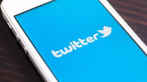 Twitter relaxes 140-character limit for replies