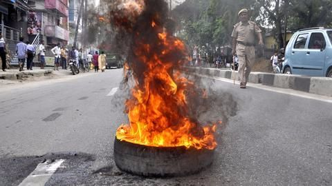 Army veteran's suicide stirs up political storm in Delhi