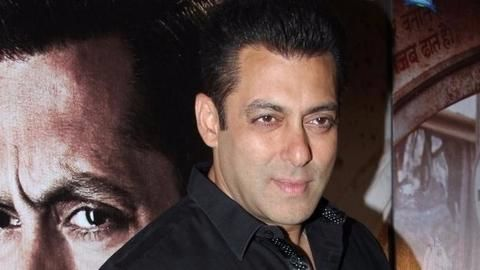 Court acquits Salman in illegal arms case