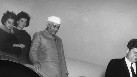 Did Nehru reject a permanent seat for India in 1953?