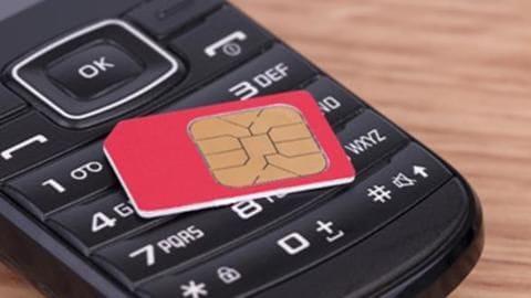 Aadhaar-SIM linking: Jaipur man duped of Rs. 110,000
