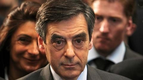 French Elections: Fresh allegations jeopardize Fillon's poll chances
