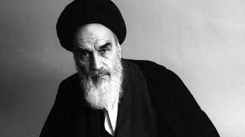 Shah out, Khomeini in