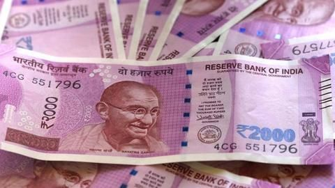 Govt to change security features on notes every 3-4 years
