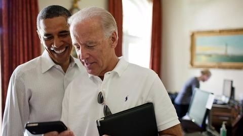 """Obama says his """"brother"""" Biden """"best possible choice"""" for VP"""
