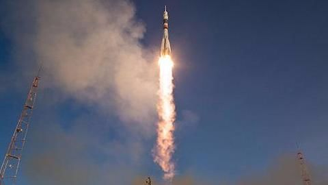 US-Russian space agencies sign agreement on lunar space station