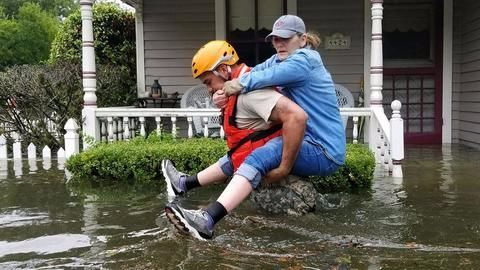 'Catastrophic' flooding from Hurricane Harvey expected to worsen