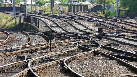 Steel supply shortage threatens railway safety overhaul