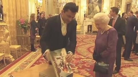 Chef Vikas Khanna wows Queen Elizabeth with rare book
