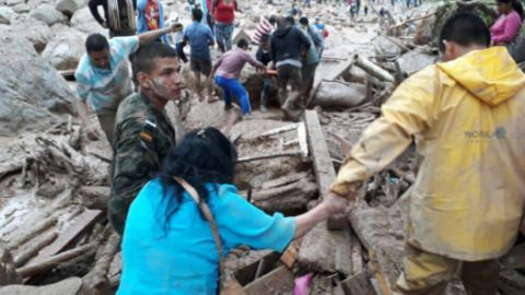 Deadly mudslides hit Colombia