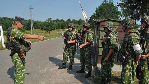 """""""Defensive weapons"""" may be sent to Ukraine"""