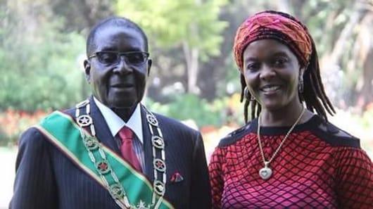 Sacked Zimbabwean VP urges Mugabe to step down
