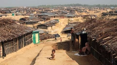 Myanmar urges Rohingyas to help hunt insurgents, as situation deteriorates