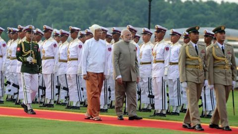 """Modi meets Myanmar's president, discuss steps to deepen """"historical relationship"""""""