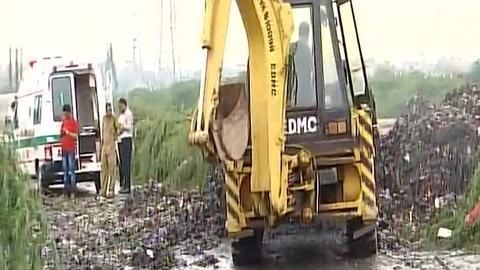 Delhi: Two dead, several feared dead as Ghazipur landfill collapses