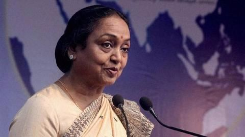 Presidential polls: Opposition candidate Meira Kumar files nomination