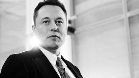 "Elon Musk's ""audacious"" new compensation plan draws attention"
