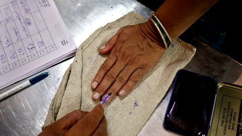 Govt approves 'proxy voting' for NRIs