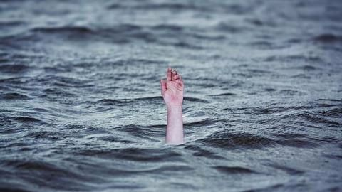 At least 22 killed as boat capsizes on the Yamuna