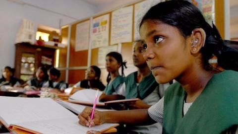 Only 62.81% schools in India have electricity connections