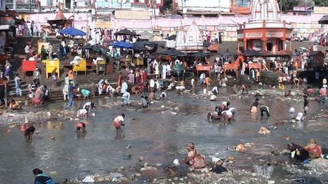 Parts of the Ganga not even fit for bathing: RTI