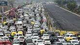 Long jams in Delhi as traffic restrictions implemented for R-Day
