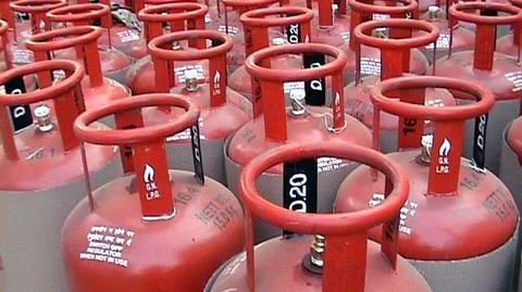 GST: Subsidized LPG cylinder costlier by up to Rs. 32